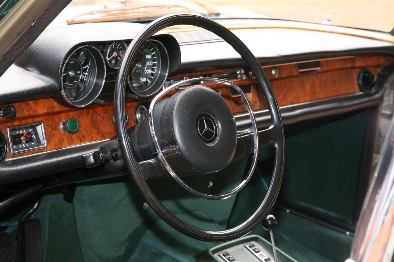 Mercedes-Benz 300 SEL 6.3 V8 by VATH