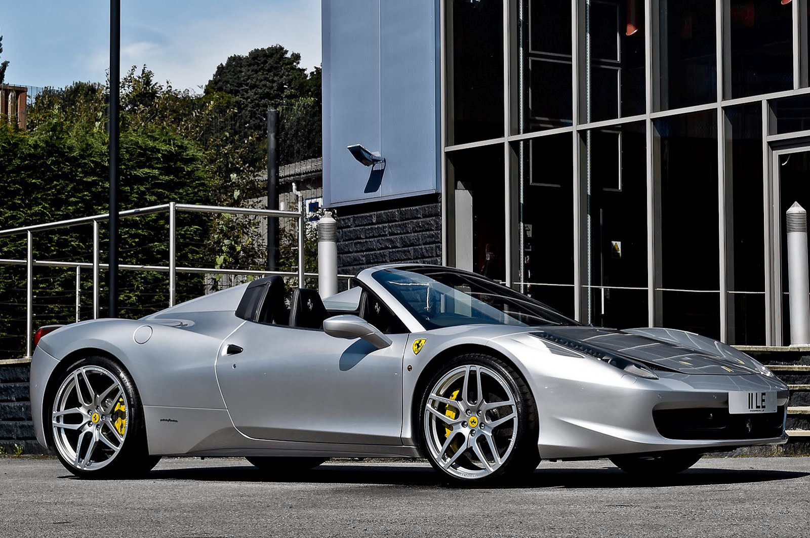 Ferrari 458 Italia Spider by Kahn Design