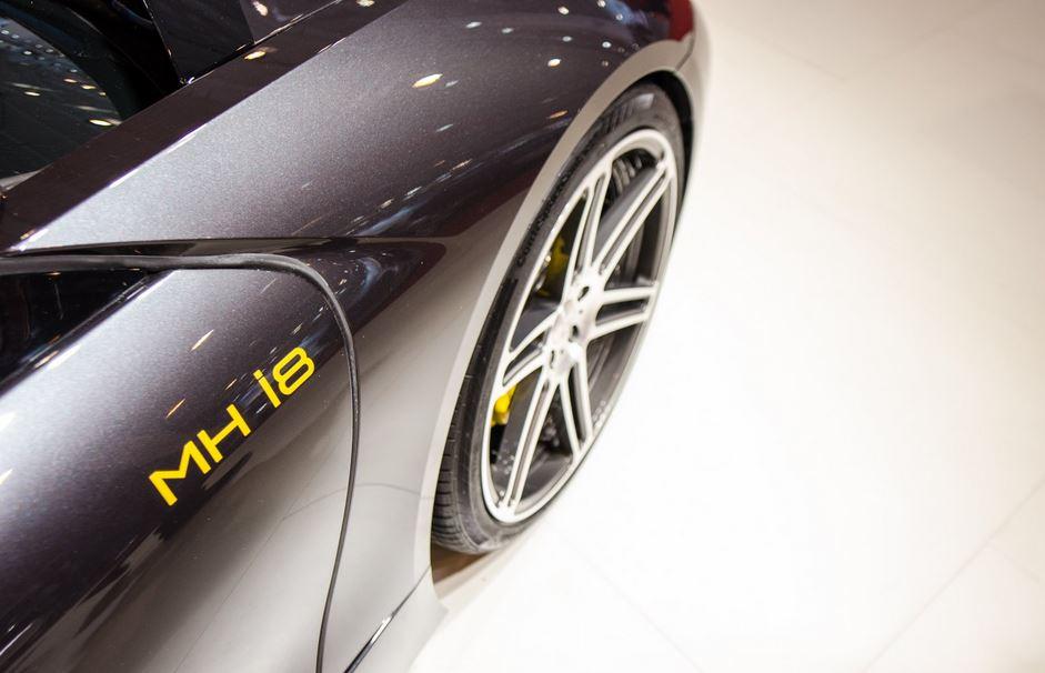 BMW i8 by Manhart