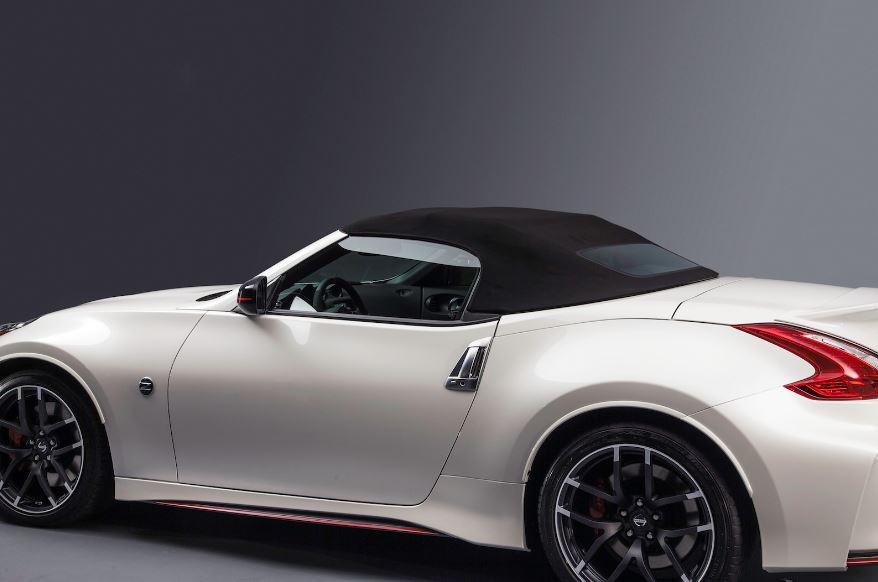 nissan 370z nismo roadster concept carz tuning. Black Bedroom Furniture Sets. Home Design Ideas