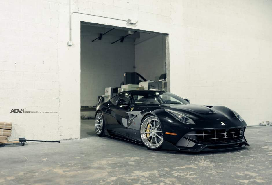 Ferrari F12 Berlinetta Sits on ADV1 Wheels