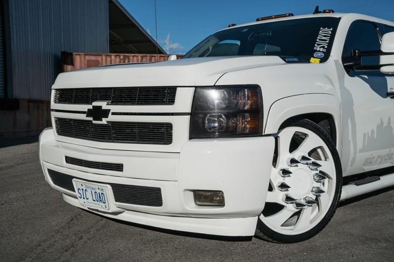 Sic Load Chevrolet Silverado by Sic Ryde