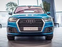 Long Beach Blue Audi Q7 by Exclusive