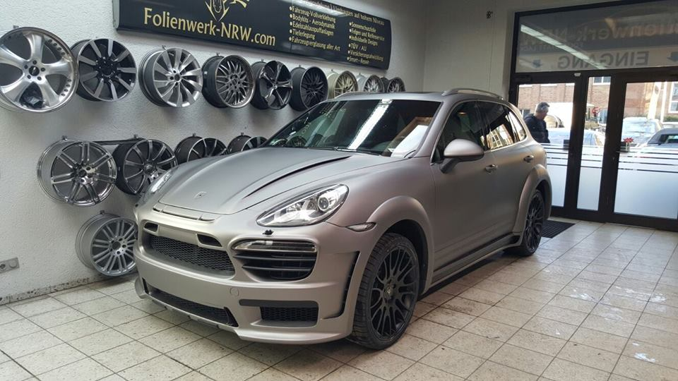porsche cayenne by folienwerk nrw carz tuning. Black Bedroom Furniture Sets. Home Design Ideas