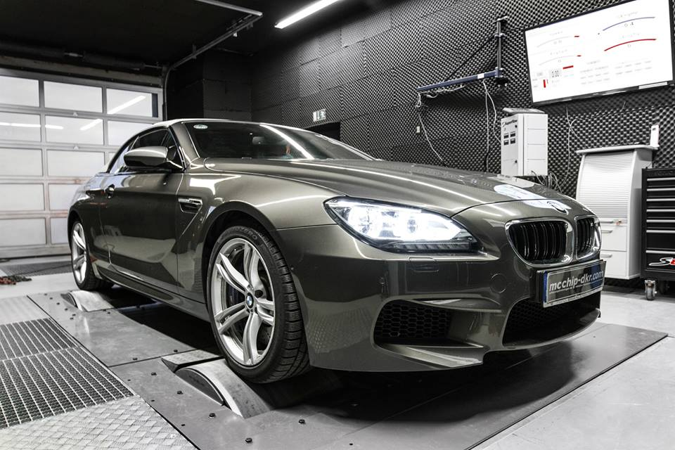 bmw m6 power upgrades by mcchip dkr carz tuning. Black Bedroom Furniture Sets. Home Design Ideas