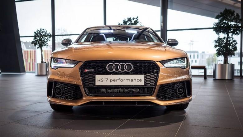 Audi RS7 Exclusive Looks a Killer in Zanzibar Brown