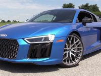 2017 Audi R8 V10 Plus Goes for a Road Test, Sounds Magnificent