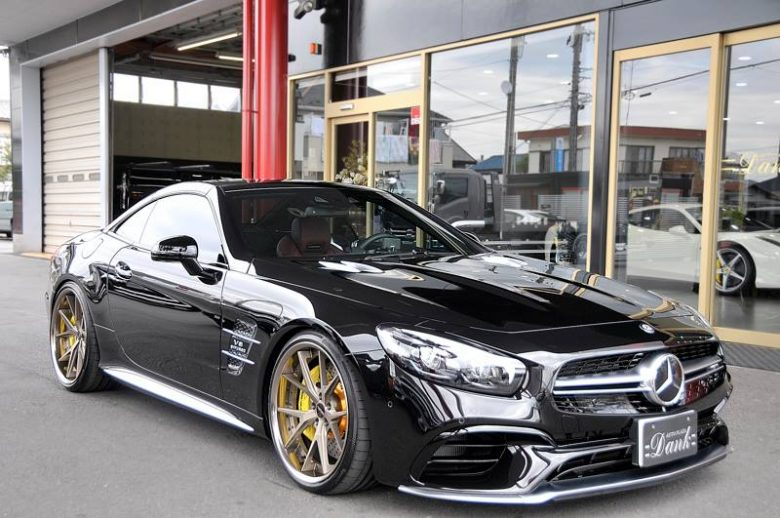 Mind-Blowing: 2017 Mercedes SL65 AMG Gets the New and Massive Wheels from Hyperforged Tuner