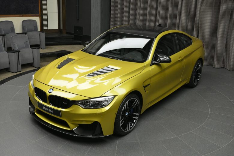 F82 BMW M4 Gets Impressive Display in Abu Dhabi
