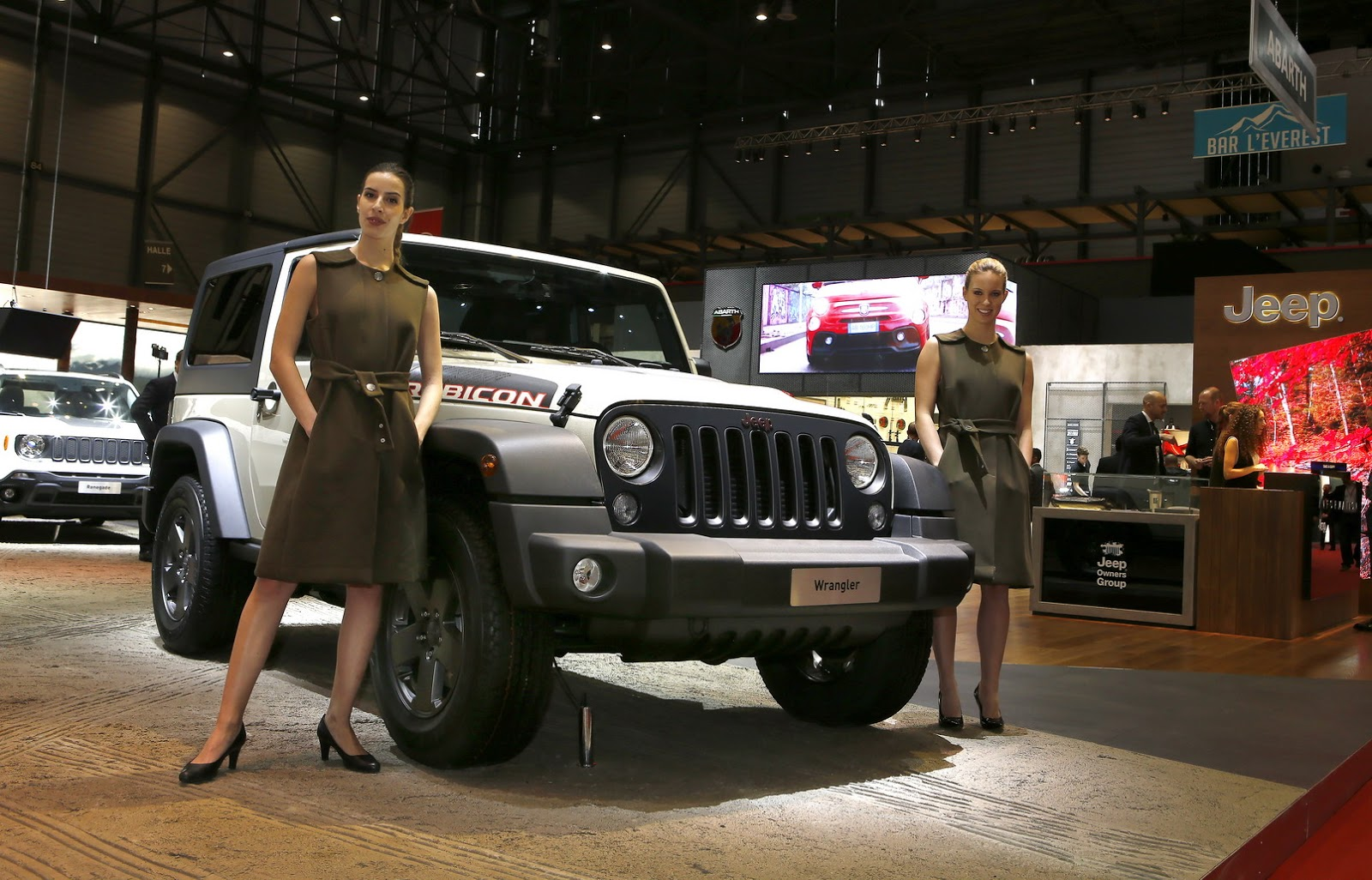 jeep wrangler rubicon with mopar accessories 11 images carz tuning. Cars Review. Best American Auto & Cars Review