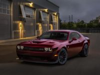 Video: 2018 Dodge Challenger Hellcat Looks Astonishing with the New Widebody Kit