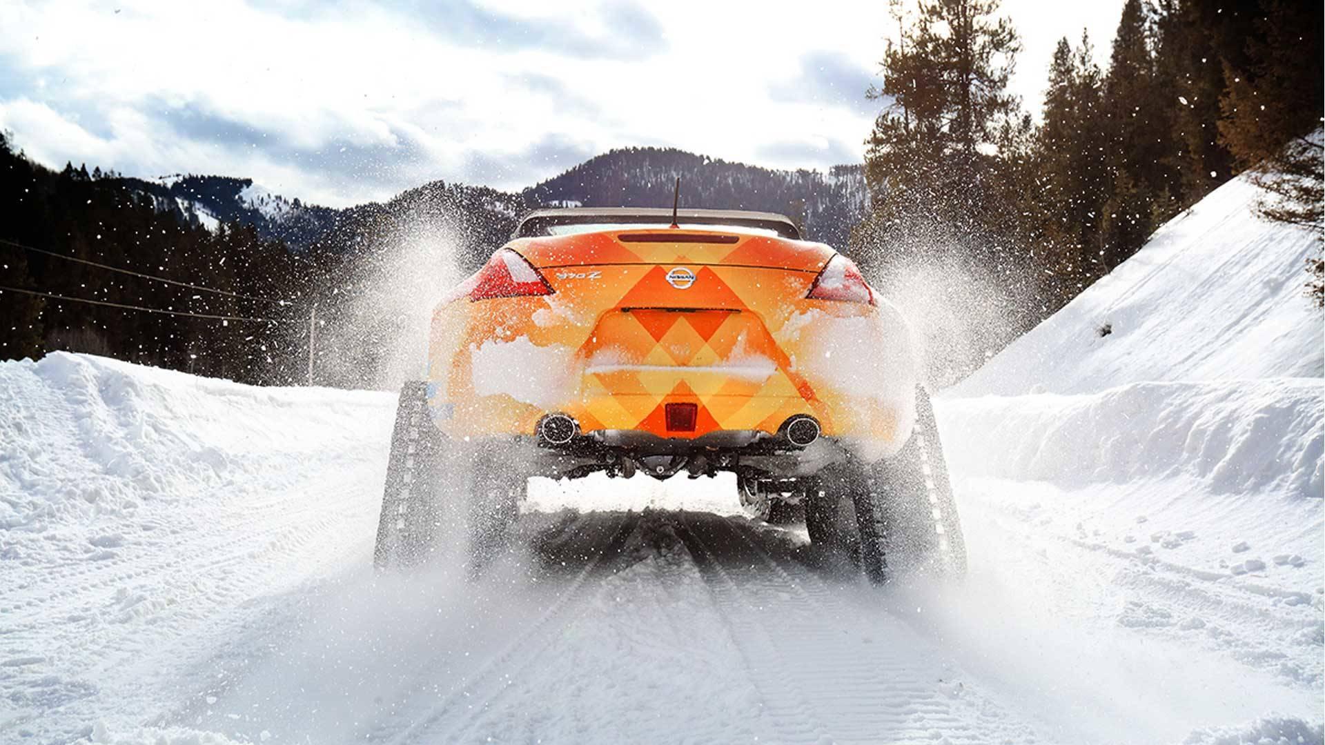 Nissan 370Zki Snowmobile