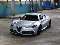 Facelifted Alfa Romeo 4C with Custom Design Tweaks by UP Design