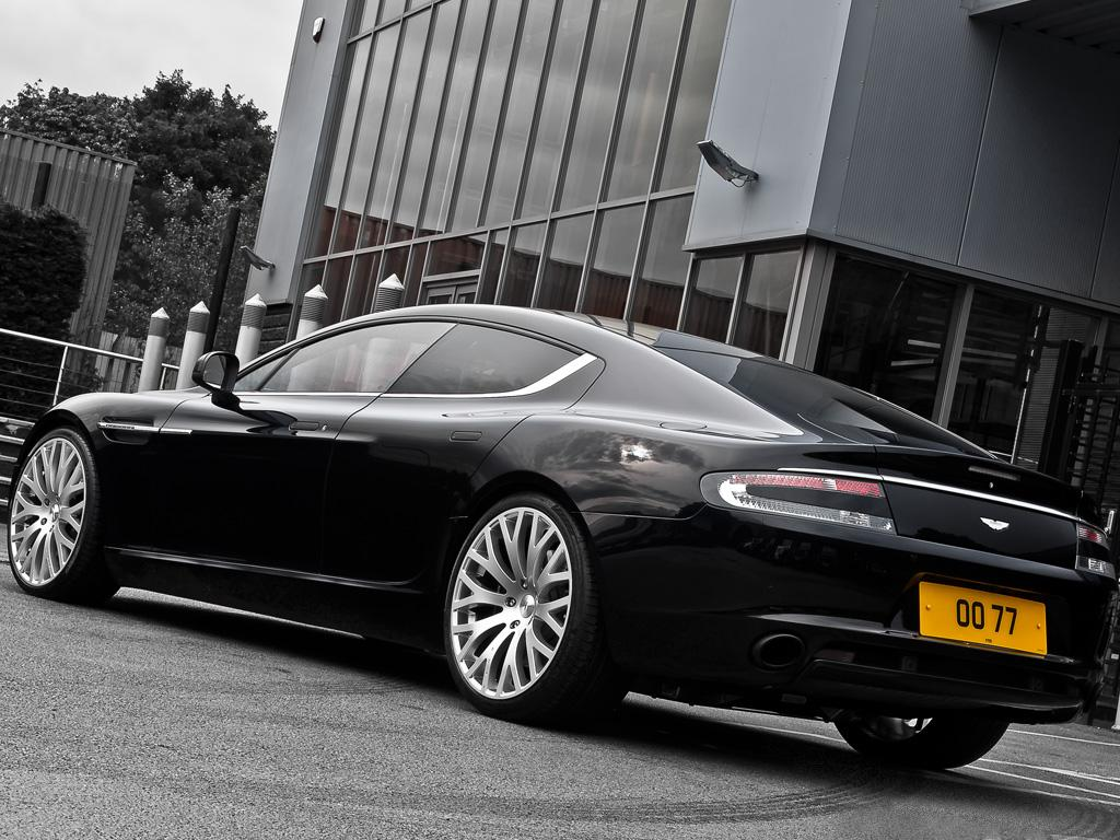 Kahn Design's take on the Aston Martin Rapide
