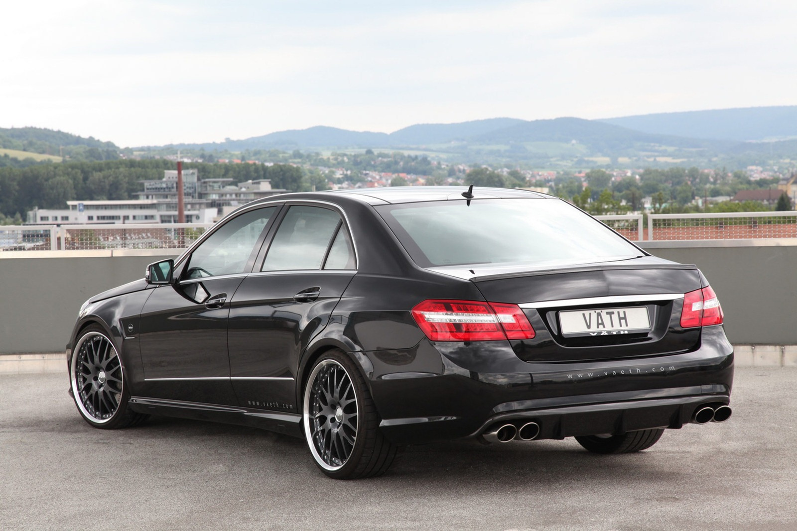 Mercedes E500 tuned by VATH
