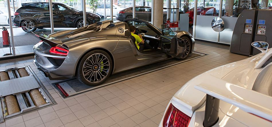 Edo Competition gets it hands on Porsche's 918 Spyder
