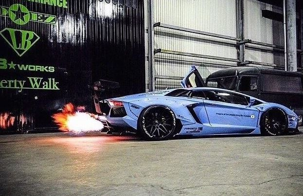 Lamborghini Aventador by Liberty Walk