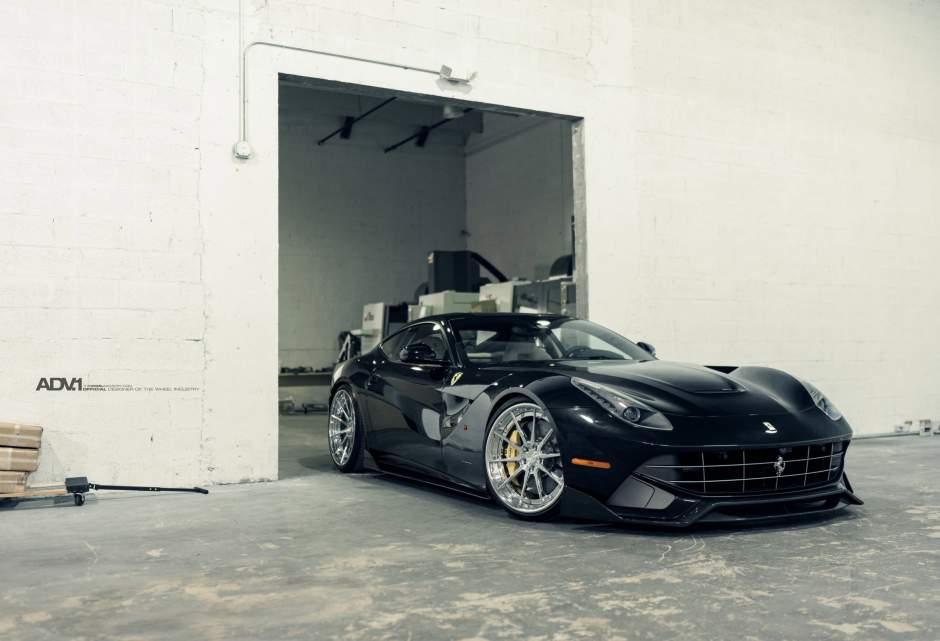 Ferrari F12 Berlinetta Sits on ADV1 Wheels