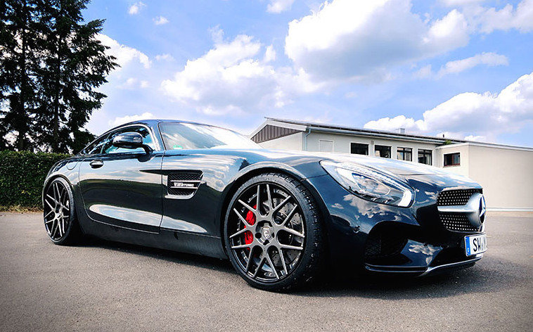 Mercedes-AMG GT Sitting on LOMA Wheels