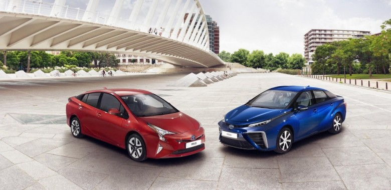 2016 Toyota Prius by Wald International