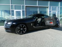 Rolls-Royce Wraith Carbon Fiber Limited Edition Launched in Geneva