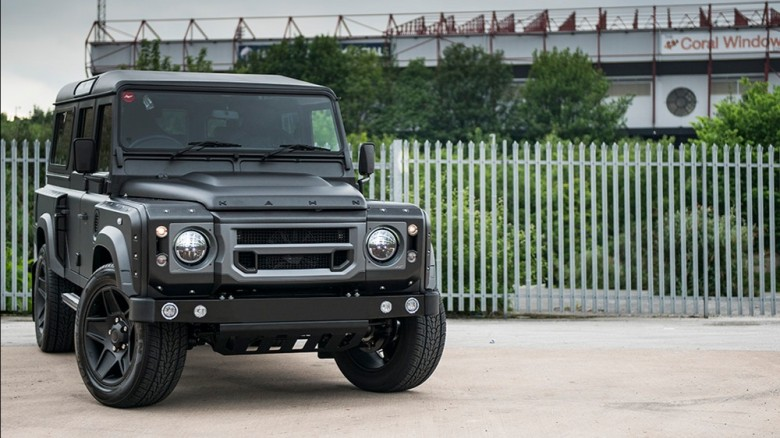 """Land Rover Defender """"The End Edition"""" by Kahn Design"""