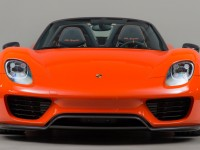 Continental Orange Porsche 918 with Weissach Package Looks Exotic