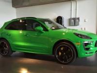 Viper Green Porsche Macan Is an Exclusive Ride