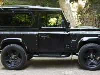 Land Rover Defender 90 by Kahn Design Looks Beautiful in Santorini Black