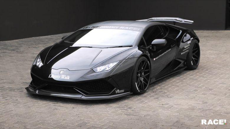 Lamborghini Huracan with LB Kit by RACE!