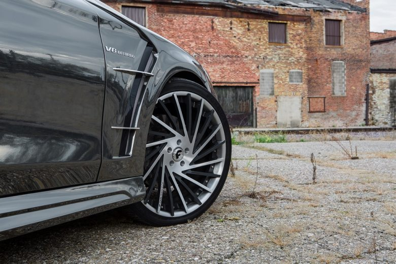 Mercedes-Benz S-Class Coupe by Wald International Looks Marvelous in Black Chrome