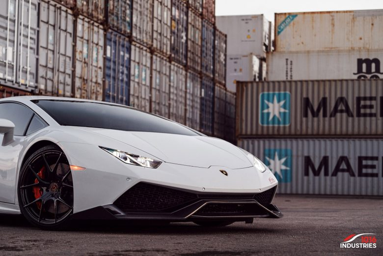 "Lamborghini Huracan ""Renato"" by 1016 Industries Looks Smashing and Elegant Altogether"